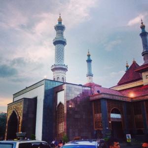 Masjid Raya At Taqwa